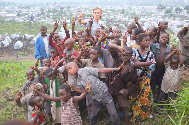 Jeremy Gilley with children  in Goma - DRC
